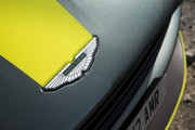 Aston_Martin_DB11_AMR_12