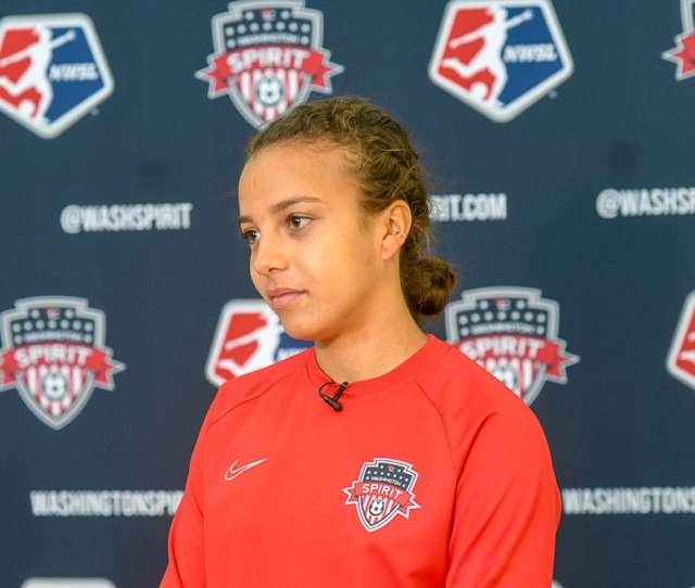 Spirits Star Mallory Pugh Rejects Comparisons Wants To Establish Own Identity