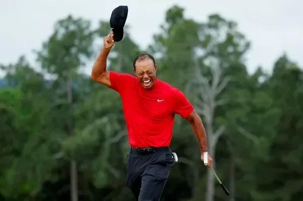 Tiger Woods comemora vitória no Masters 2019, em abril daquele ano — Foto: Brian Snyder/Reuters