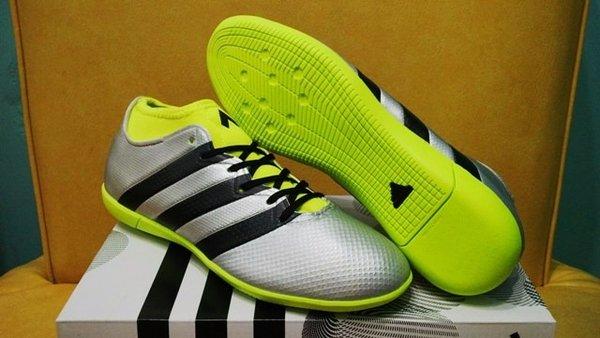Sepatu Futsal Adidas ACE 16 3 Primemesh Silver