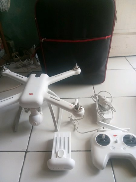 xiaomi mi drone 1080 gimbal 3 axis dji phantom spark mavic