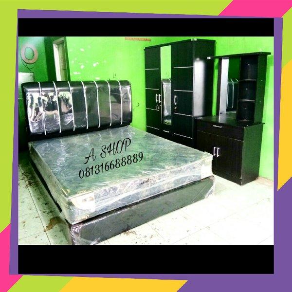 Bed set Paket kamar tidur terdiri dari lemari minimalis meja rias spring bed dan dipan