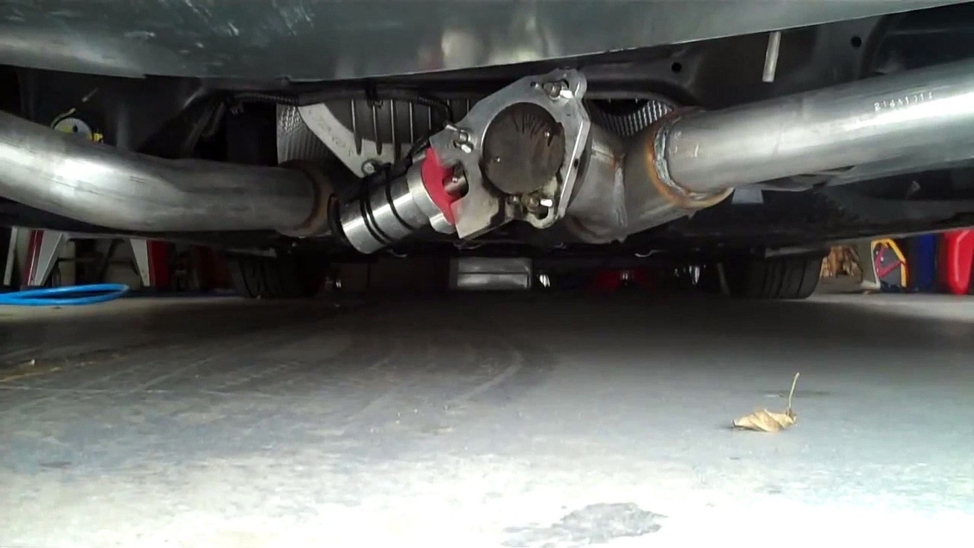 2012 hyundai genesis electric exhaust bypass in action