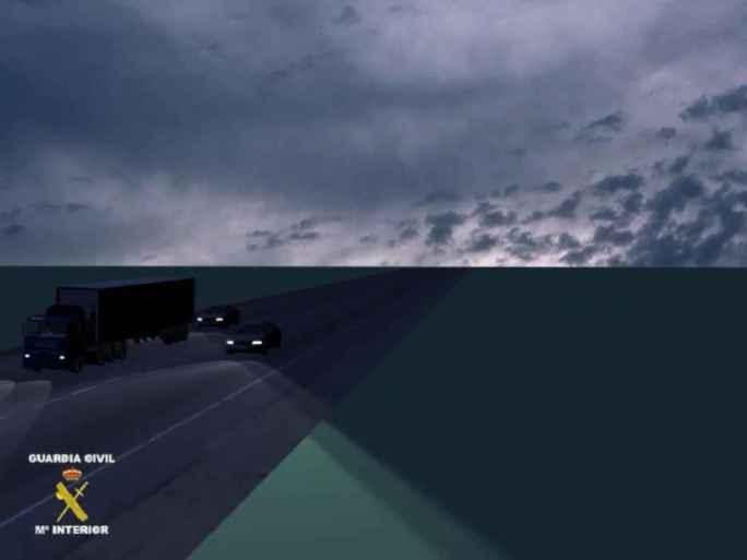 Varios coches participan en el tipo de asalto conocido como el surfero