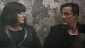 Susan Cooper é uma despretensiosa analista de base da CIA e heroína não reconhecida por trás das missões mais perigosas da agência. Mas, quando seu parceiro sai da jogada, e outro agente fica comprometido, Susan se voluntaria para se infiltrar no mundo de um traficante de armas mortais e evitar um desastre global.