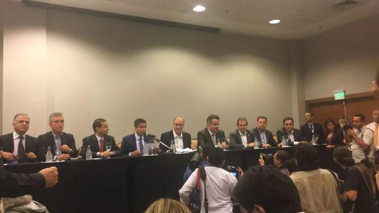 Líderes do 'Centrão', ao lado de Alckmin, oficializaram o apoio à candidatura do tucano em evento em Brasília (Foto: Alessandra Modzeleski/G1)