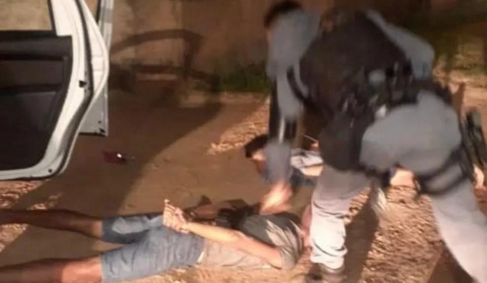 Após troca de tiros com a polícia, suspeitos de roubo são presos na Grande São Luís  — Foto: Divulgação/ Polícia Militar do Maranhão