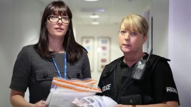 Médicos e polícia trabalham juntos em centro de referência para vítimas de violência sexual  (Foto: BBC)
