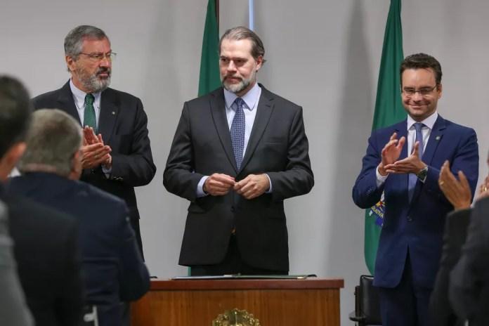 Dias Toffoli durante solenidade no Palácio do Planalto para sanção das novas leis — Foto: Marcos Corrêa/Presidência da República