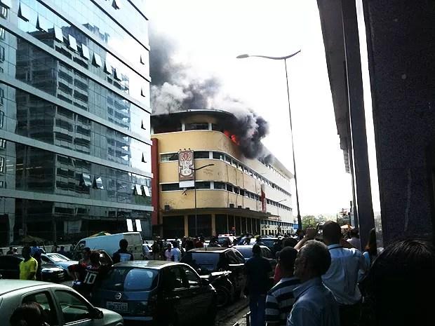 Incêndio (Foto: Leandro Lordelo)