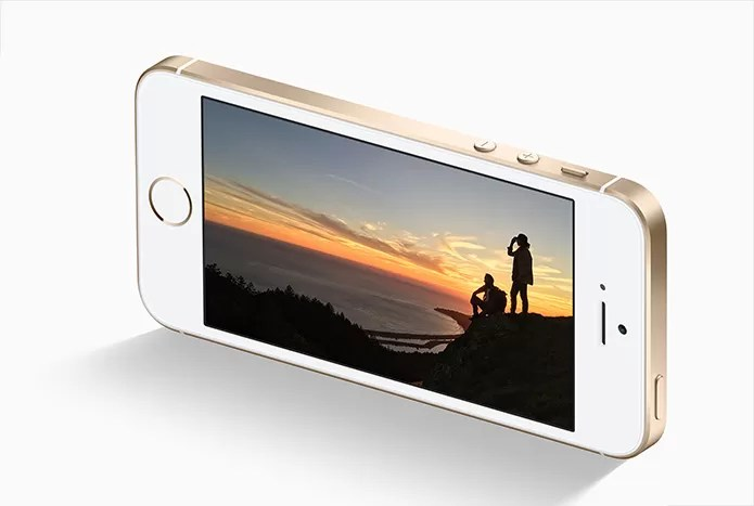 iPhone SE tem 1 GB de RAM enquanto o 6s tem o dobro (Foto: Reprodução/Apple)