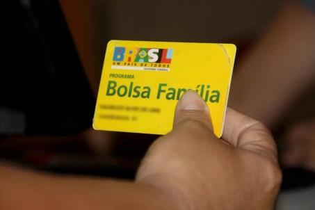 Pagamento é feito através do cartão do programa Bolsa Família — Foto: Divulgação/Prefeitura de Divinópolis