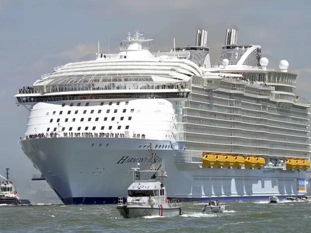 Harmony of the seas zarpou, neste domingo (15), de porto na França (Foto: Jean-Fraçois Monier/AFP)