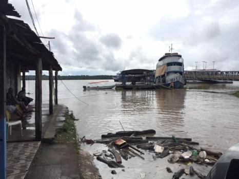 Rio Madeira marca 16,41 metros e fica a menos de um metro de atingir a cota de inundação — Foto: Thaís Nauara/G1