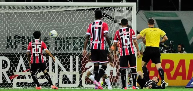Palmeiras x São Paulo (Foto: Marcos Ribolli)