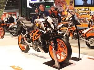 ktm390duke_2-620 - Veja 40 motos esperadas para o Brasil em 2015