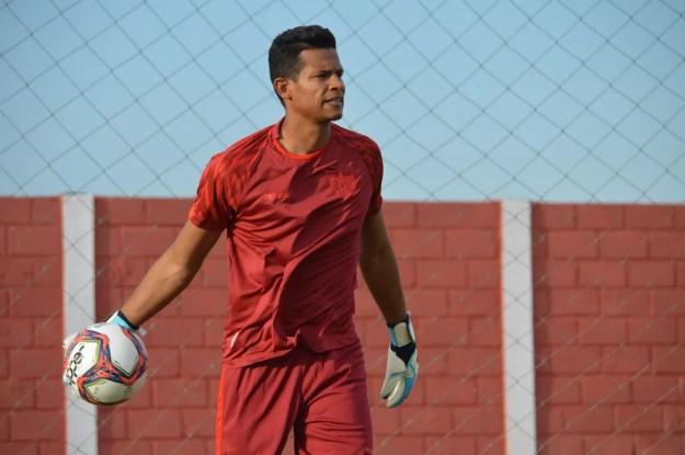 Diogo Silva deve ser titular contra o Paysandu — Foto: Maxwell Oliveira/Ascom CRB