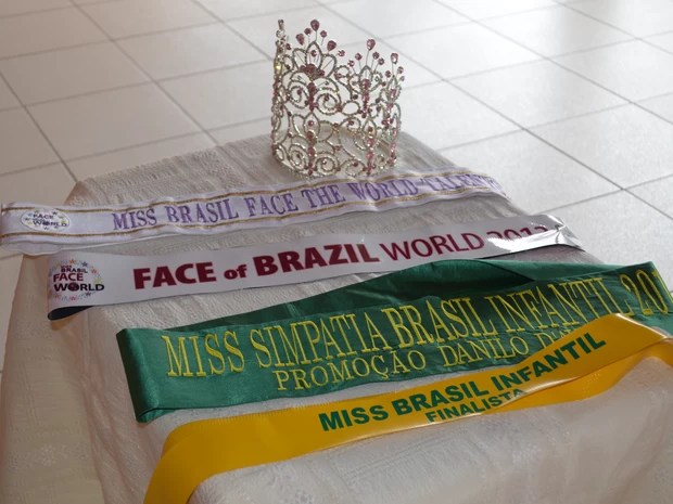 Paula Cristina, de 11 anos, venceu o Miss Brasil Face Of The World 2013 (Foto: Rayssa Natani/ G1)