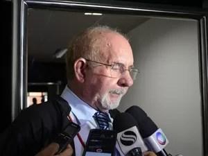Procurador geral de Contas, Sérgio Monte Alegre (Foto: Tássio Andrade/G1)