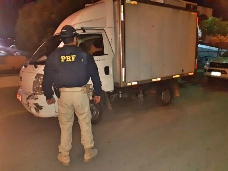 Polícia Rodoviária Federal apreende caminhão em Salgueiro — Foto: Divulgação/ PRF