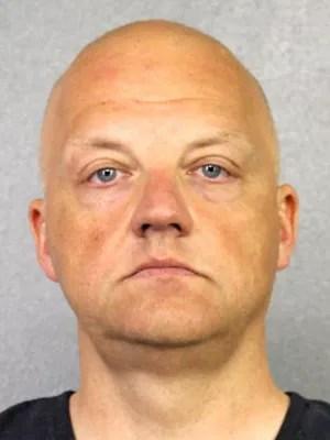 Oliver Schmidt, executivo da Volkswagen, foi preso por envolvimento no escândalo dos motores a diesel nos EUA, segundo o jornal 'New York Times' (Foto: Broward County Sheriff's Office/Reuters)