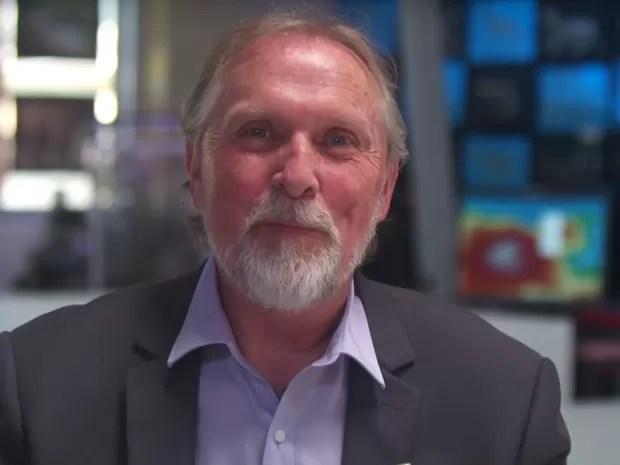 O australiano Richard Johnson leva a ciência para crianças em seu laboratório (Foto: Reprodução Global Teacher Prize/ Youtube)