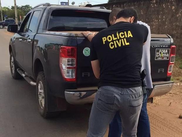 Polícia Civil apreendeu a caminhonete do contador; veículo vai passar por perícia (Foto: Divulgação/Polícia Civil de MT)