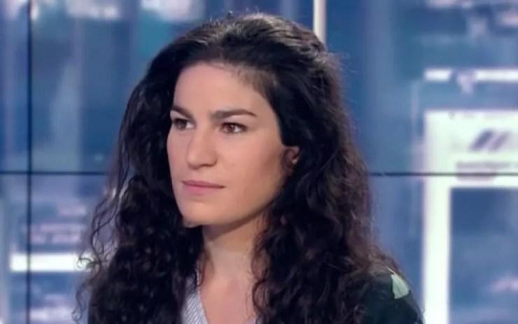 """Marie Laguerre, 22 anos, denunciou em 25 de julho, no Facebook, como um homem a abordou fazendo """"ruídos, comentários, assobios e movimentos de língua de uma forma humilhante e provocadora"""" — Foto: Reprodução/RFI"""