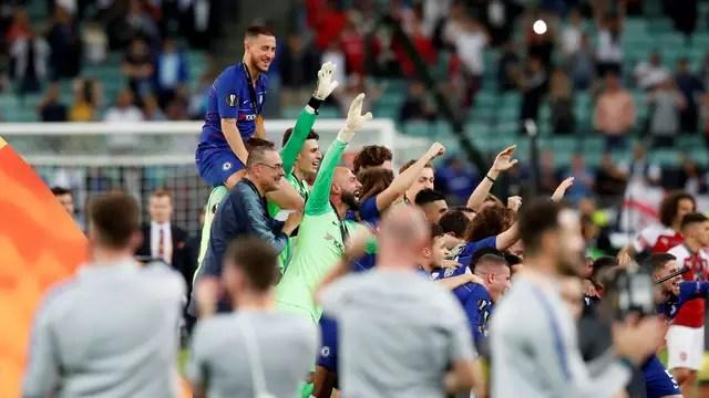 Hazard é campeão da Liga Europa com o Chelsea
