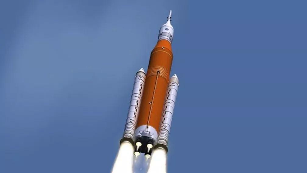 Ilustração do SLS durante lançamento — Foto: Nasa via BBC
