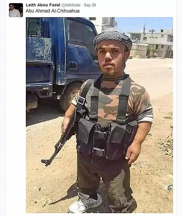 Anão que combateria Assad na Síria