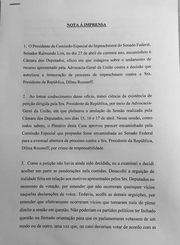 Presidente interino da Câmara anula sessão que aprovou impeachment de Dilma