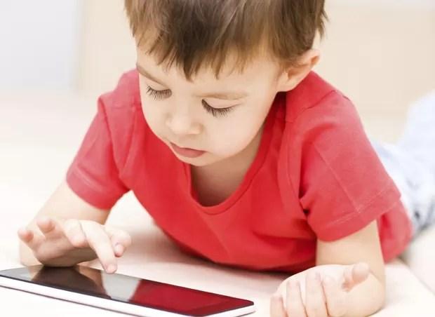 Tablet_criança (Foto: Thinkstock)
