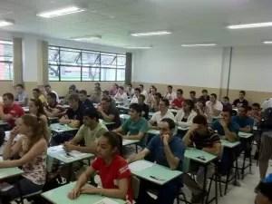São 15.093 candidatos que fazem as provas em Curitiba e Palotina, no oeste do Paraná (Foto: Bibiana Dionísio G1 PR)