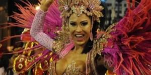 Jacarezinho começa a desfilar no Rio; veja AO VIVO (Alexandre Durão/G1)