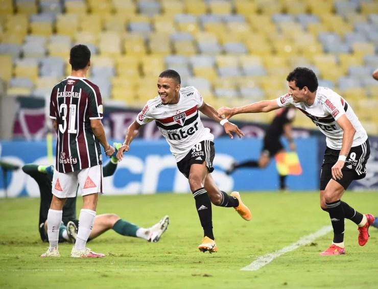 Brenner comemora gol do São Paulo contra o Fluminense — Foto: André Durão