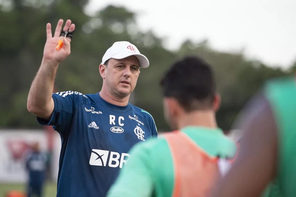 Rogério Ceni comanda treino do Flamengo no Ninho do Urubu — Foto: Alexandre Vidal/Flamengo