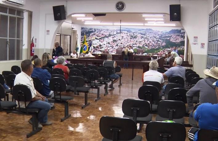 Os nove vereadores de Jacarezinho gastaram mais de R$ 169 mil com diárias — Foto: Reprodução/RPC