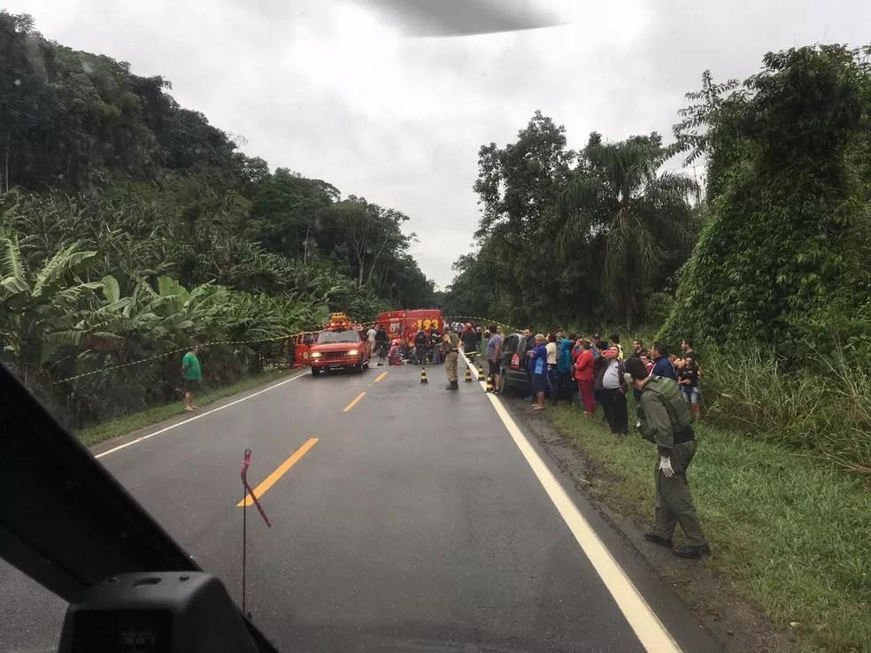 Acidente deixou mortos e feridos graves no Norte do estado (Foto: PM/Divulgação)
