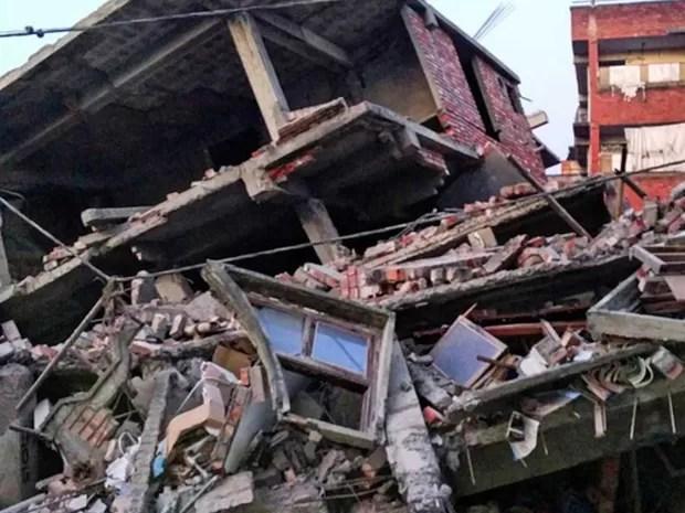 Imagem do Instagram mostra danos causados por forte terremoto na Índia (Foto: Deepak Shijagurumayum / via AFP Photo)
