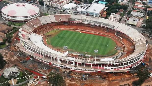 Estádio Beira-Rio em reforma (Foto: Diego Guichard / GLOBOESPORTE.COM)