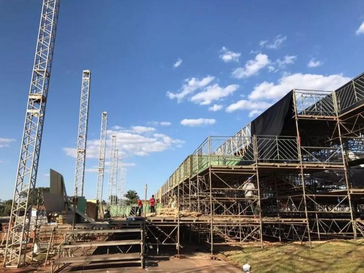 Arquibancadas têm mais de 1,5 mil metros quadrados com capacidade para cerca de 10 mil pessoas (Foto: Divulgação)