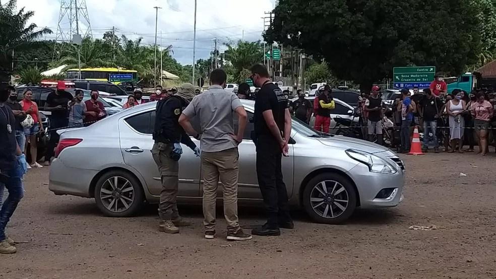 Gedeon Barros foi morto dentro do carro em Rio Branco — Foto: Eldérico Silva/Rede Amazônica Acre