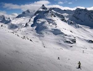 Estação de Esqui Meribel, frança Schumacher (escurecida) (Foto: AFP)