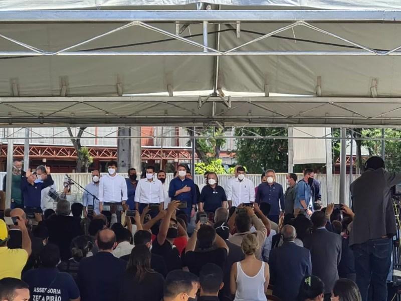 Cerimônia de inauguração do Porto Futuro, em Belém (PA), com a presença do presidente Jair Bolsonaro, do governador Helder Barbalho e do prefeito Zenaldo Coutinho. — Foto: Arthur Sobral / G1 PA