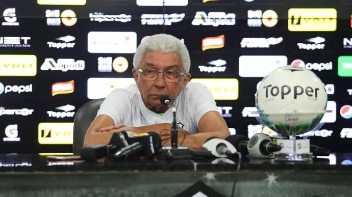 Givanildo Oliveira teve 73,3% de aproveitamento nos 10 primeiros jogos, mas apenas 45,8% em sua participação na Série B (Foto: Christian Alekson / CearaSC.com)