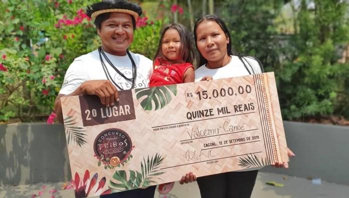 Valcemir Canoé e sua esposa, Melissa na Aldeia, ficaram em segundo lugar — Foto: Renata Silva/Arquivo Pessoal