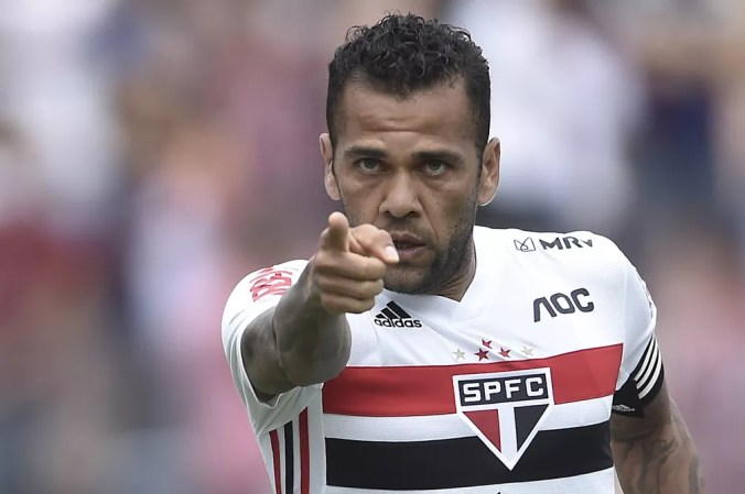 Daniel Alves defenderá a Seleção nas eliminatórias — Foto: MAURO HORITA/ESTADÃO CONTEÚDO