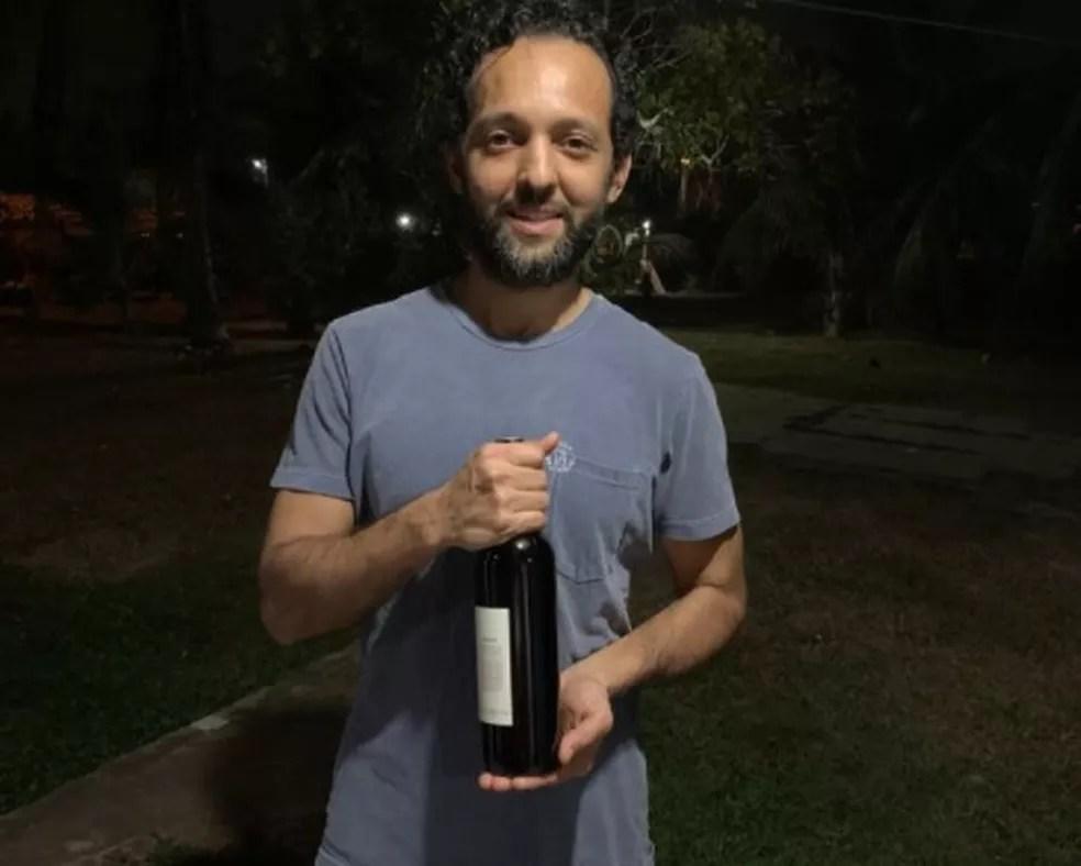 Cervejeiro Marcos Júnior criou o vinho de açaí — Foto: Arquivo pessoal