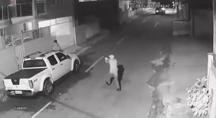 Homem assaltou pastor na noite desta quinta-feira (23) (Foto: Reprodução)